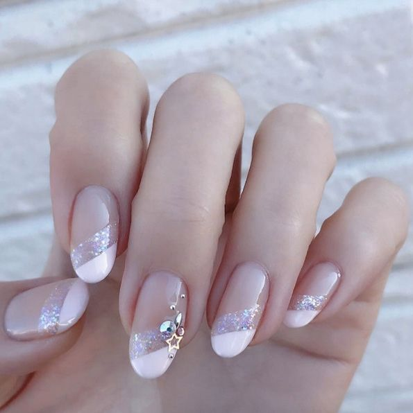 42 Charming Nail Art Designs for a Summer Wedding