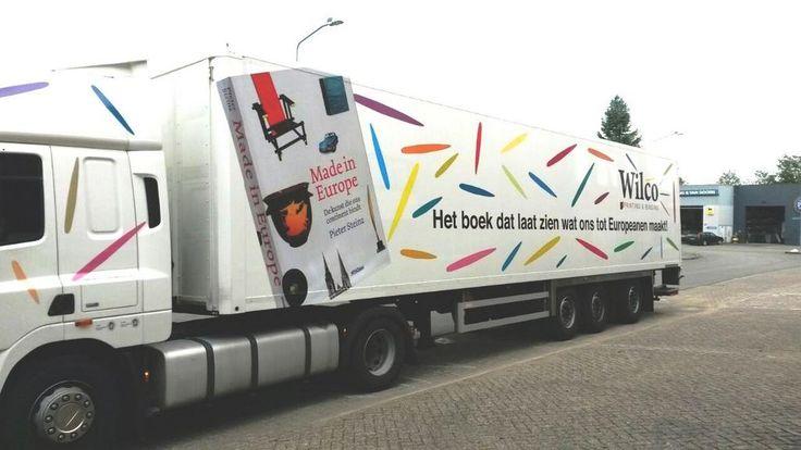 'Made in Europe', het boek dat laat zien wat ons tot Europeanen maakt, is vanaf nu ook te zien op de Europese snelwegen!