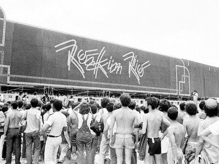 O primeiro Rock In Rio. | Saiba mais sobre a história da música, cinema e literatura em cantodosclassicos.com