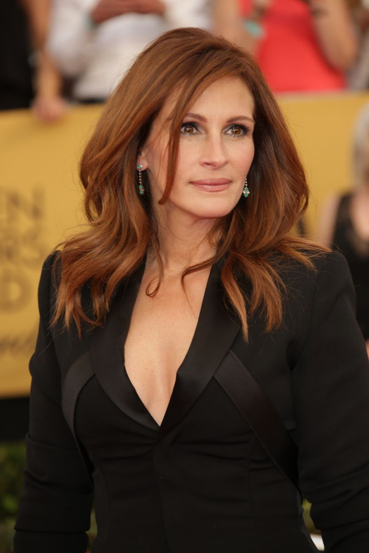 Oh, Julia Roberts, this is so moving and generous