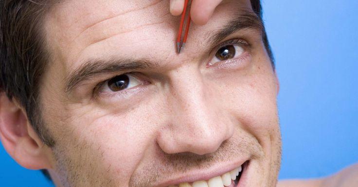 Makeup Artist ^^ | https://pinterest.com/makeupartist4ever/  Cómo arreglar las cejas unidas en hombres. Saber cómo arreglar una ceja unida adecuadamente puede marcar la diferencia entre una apariencia arreglada y una descuidada. Una ceja unida, es decir la presencia de cabello entre ambas cejas, puede hacer que te sientas acomplejado o inseguro e incluso desaliñado. En vez de sentirse incomodo con eso, puedes usar métodos para eliminación de vell