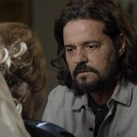 Final de 'Além do Tempo': Emília é surpreendida por proposta de Bernardo