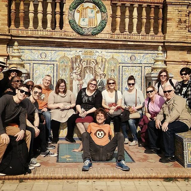 El sol y el buen tiempo ha vuelto en Sevilla! A qué esperas para venir con Pancho Tours? The sun and the good weather come back in Seville! What are you waiting for to join Pancho Tours?  #freetours #tailormade #visitaamedida #voyages #privatetour #visitesprivees #toursprivados #followtheorangeshirt #culture #got #añomurillo #tourguide #guidedtour #privatetours #excursion #travellers #tailored #travelexperiences #spain #portugal #Sightseeing #localguide #Sevilla #Málaga #Córdoba #Granada…