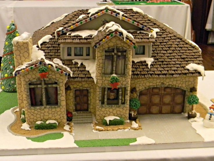 Best Gingerbread Images On Pinterest Christmas Gingerbread - Gingerbread house garage