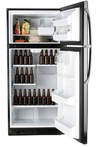 Descongelar los alimentos en el refrigerador ahorra energía. ¡Visita Tiptn! http://www.tiptn.co/Refrigeradores%20y%20Congeladores/Descongele%20en%20el%20refrigerador-295.html