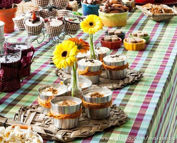 Distribuir o famoso cuscuz em marmitas antigas é sucesso garantido (Foto: Arquivo pessoal)