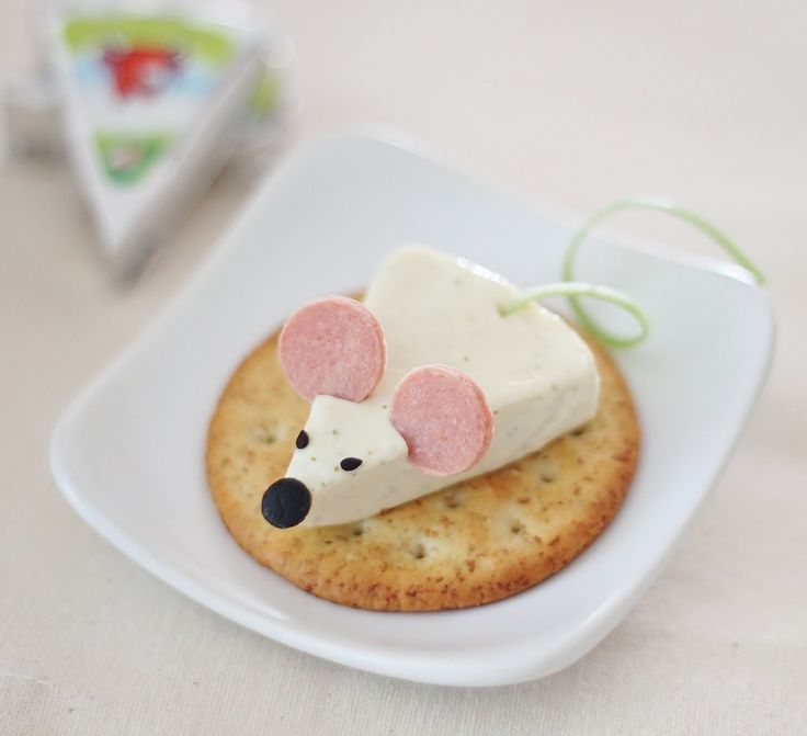 Very cute cheese wedge mouse! Pinned by BabyBump, the #1 pregnancy tracker app with the built-in community!