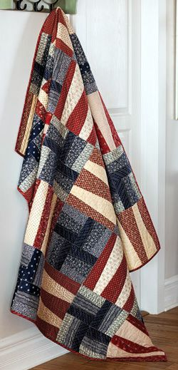 Non Sibi Sed Patriae – Not for self but for country – inspires this patriotic quilt of valor design. Get the pattern.