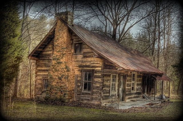 old cabins | Tennessee homestead | Cabins/Barns