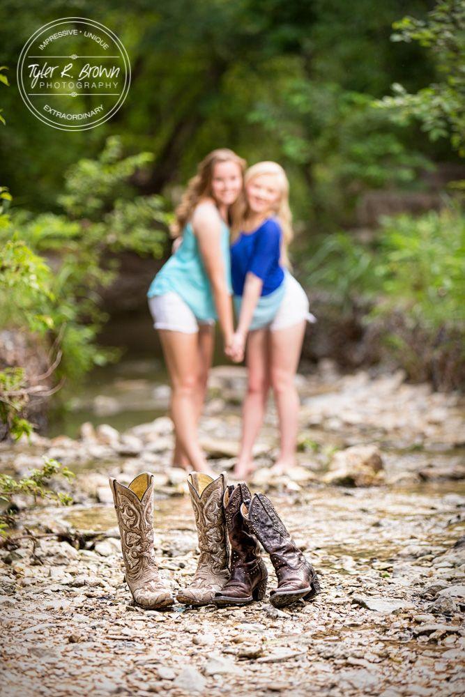Senior Pictures - Best Friends - Class of 2017 - Arbor Hills Nature Preserve - Seniors - Besties - Cowboy Boots - Cowgirls - Dallas, Texas - DFW - Senior Photography - Senior Photographer - Dallas Photographer - Ideas for Friends - Senior - Graduation Pictures - Tyler R. Brown Photography