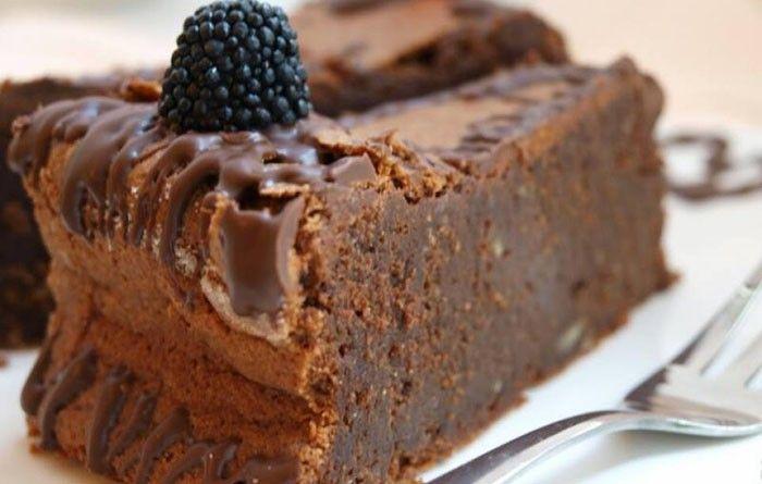 Neodolatelný čokoládový dort bez žádné mouky. Sladkost jak se patří.