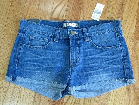 #jean FRENZY - #newwithtags! have you ever seen #jbrand jean shorts this cheap? summer is around the corner.