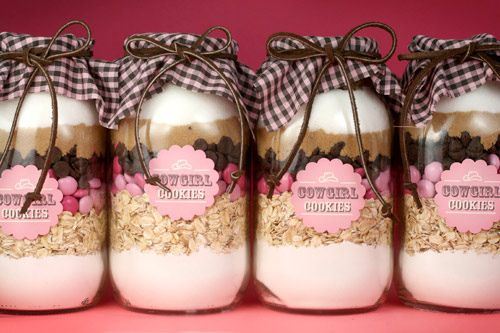 Bakerella Cowgirl cookies in a jar with printable label