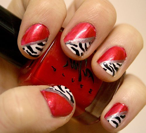 red zebraZebras Stripes, Animal Nails, Nails Art, Cute Nails, Red Nails, Nails Polish Design, Zebras Prints, Naildesigns, Zebras Nails Design