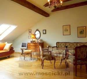 Do sprzedaży apartament 190 m2 w Piasecznie z tarasem i ogrodem 300 m2 w stanie deweloperskim.Bardzo atrakcyjna nieruchomość, budynek 4 mieszkaniowy położony wśród zieleni nad rzeką, z dala od wielkomiejskiego hałasu.Apartament 190,22 m2  w ...
