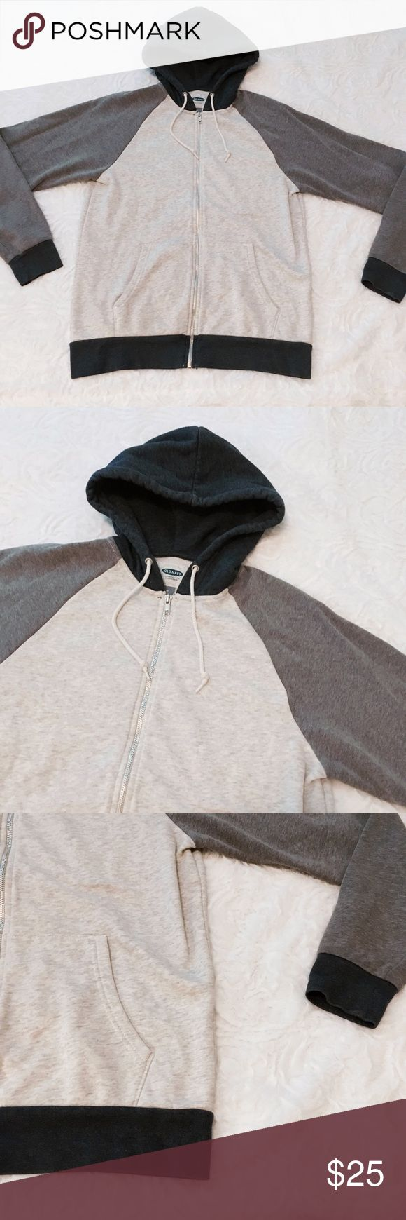 "Old Navy Grey Sweater Hoodie ✤ Sweater Hoodie ✦ Grey  ◈ Brand : Old Navy ◈ Size : Medium ◈ Condition : Good  M e a s u r e m e n t s :  Shoulder : 17.5 "" Sleeve : 23 "" Length : 26.5 ""  ☩ From smoke free and pet friendly home ღ Feel free to make an offer ツ Check out my closet for more clothes Old Navy Sweaters"