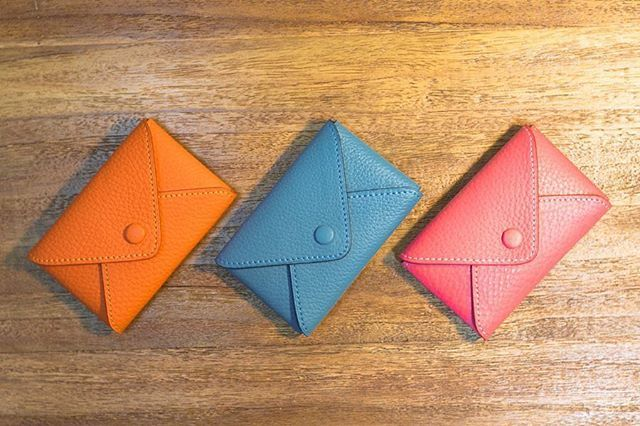 Business card holder #leathergoods #leatherwork #orange #blue #pink #philosophii