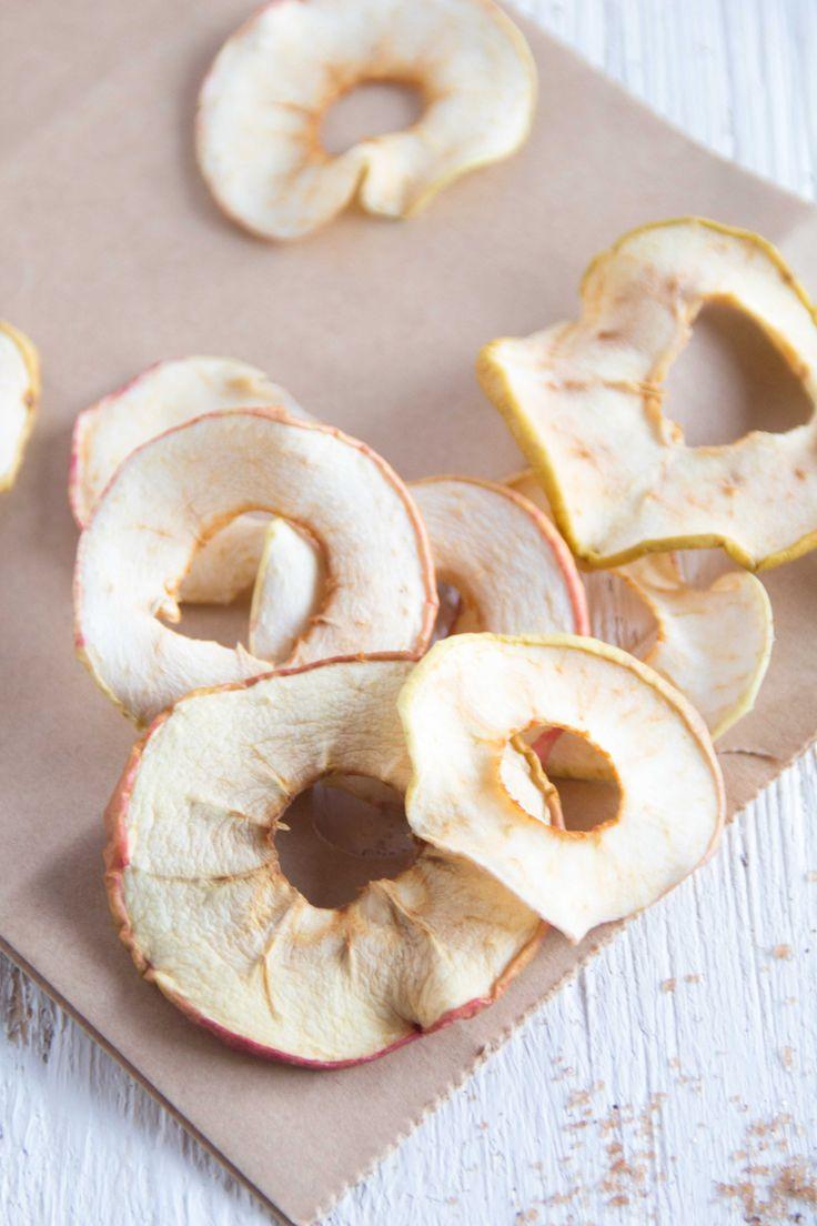 Schnell und einfach Apfelchips selber machen #apfelchips#apfel#apfelringe#apfelernte#äpfel#rezepte#backrezepte