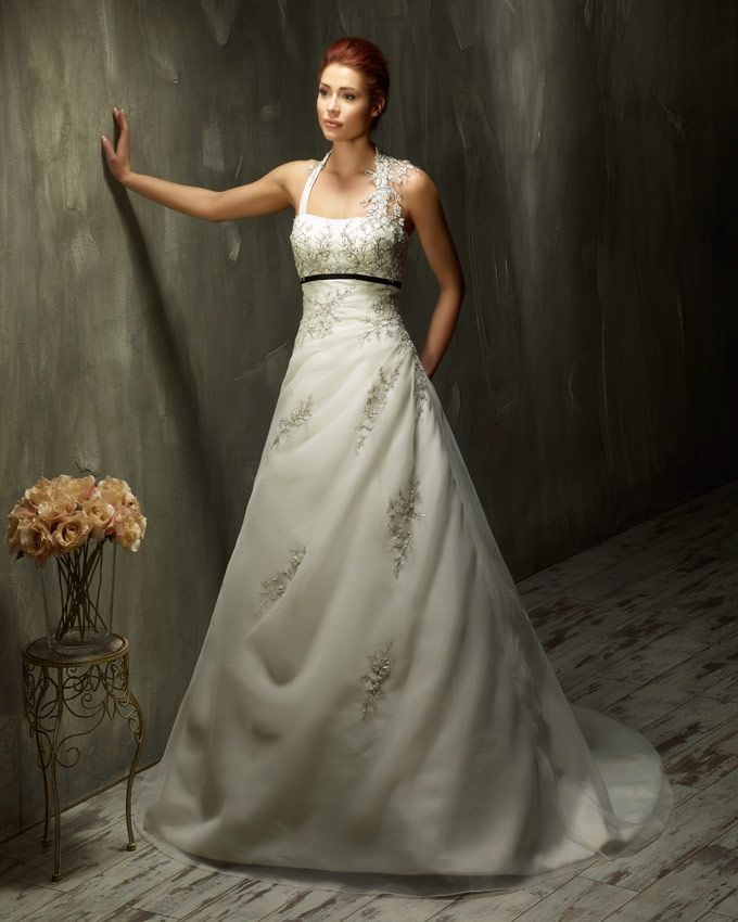Dress: 70442 Available Colors: Ivory/Ivory, White/White, Ivory/Black, Ivory/Bordeaux Material: Organza Sizes: EU 32-64 UK 6-38 USA 2-34