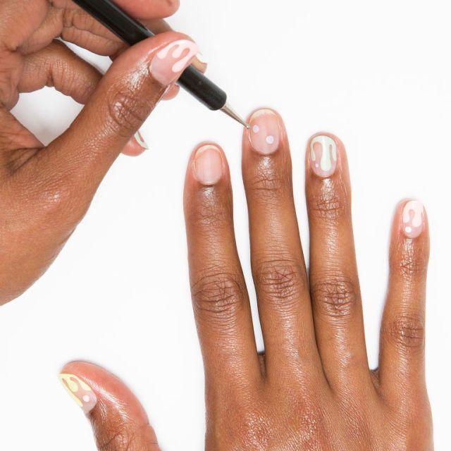 Nail art tutorial: le unghie con il gelato che si scioglie -cosmopolitan.it
