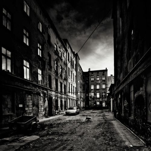 Urban City Photography 70 Dramatic Examples: 35 Awesome Black And White Backgrounds