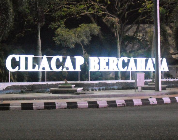 Agen Firmax3 Cilacap siap melayani pengiriman Firmax3 dan O2Max3 ke seluruh Indonesia. Pemesanan Firmax3 Hub. 0812-2162-7026 (WA/SMS/Line/Telegram).