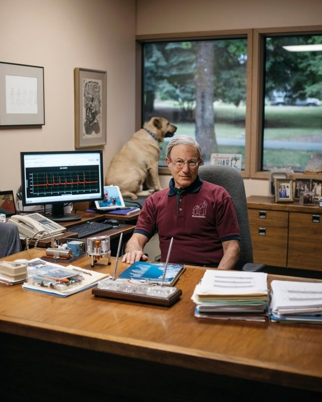 Prestigious geophysicist speaks to the media about earthquake predictions while his special assistant watches for squirrels.