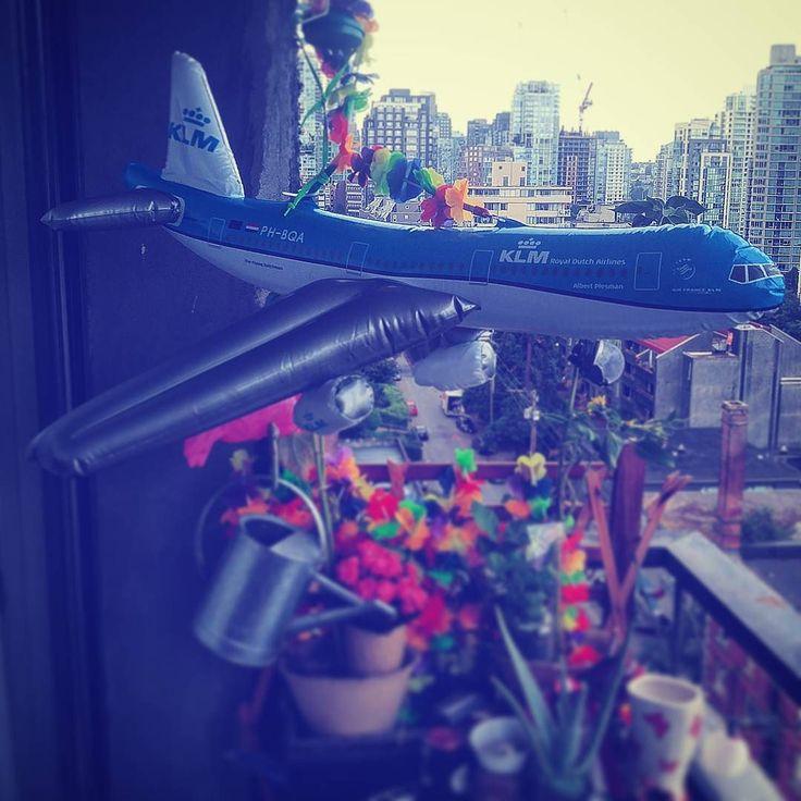 High Flyer11 . . . .. .  #airfrance #vacationneeded #flyaway #flyawaywithme #jumbojet #inflatable #airplane #aftermarketdigital