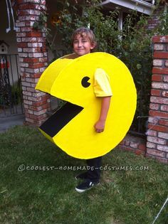 Want a Fun and Easy Homemade Costume? Be Pac-Man!… Enter the Coolest Halloween Costume Contest at http://ideas.coolest-homemade-costumes.com/submit/