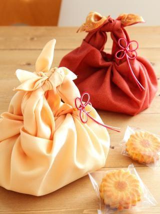 「お正月の手土産に風呂敷ラッピング」Miraさんの3分間ラッピング | お菓子・パンのレシピや作り方【corecle*コレクル】