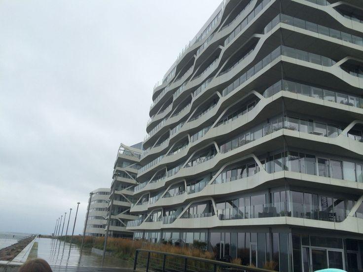 En af de mange flotte bygninger
