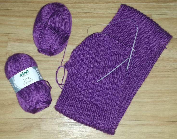 """Strickwolle, Handstrickgarn der Marke """"Gründl"""", Sorte Lisa Premium in der Farbe """"Pflaume"""". Diese Strickwolle eignet sich auch zum Häkeln. Ich habe sie wegen der schönen Farbe gekauft und gestrickt ..."""