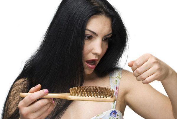 Девять трюков, как остановить истончение волос