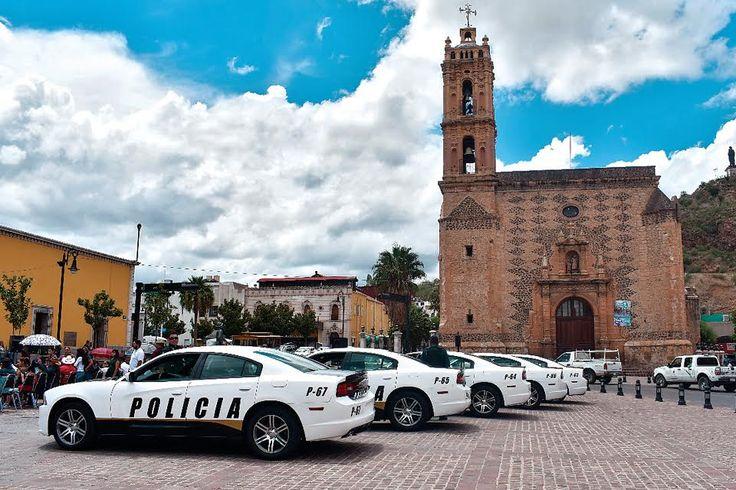 Reciben patrullas del gobierno de la CDMX