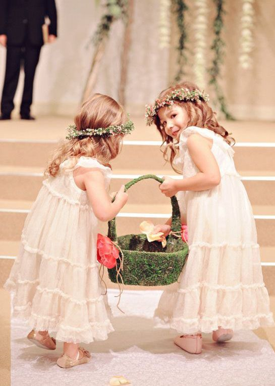 10  images about Flower Girls on Pinterest - Flower crowns- Little ...