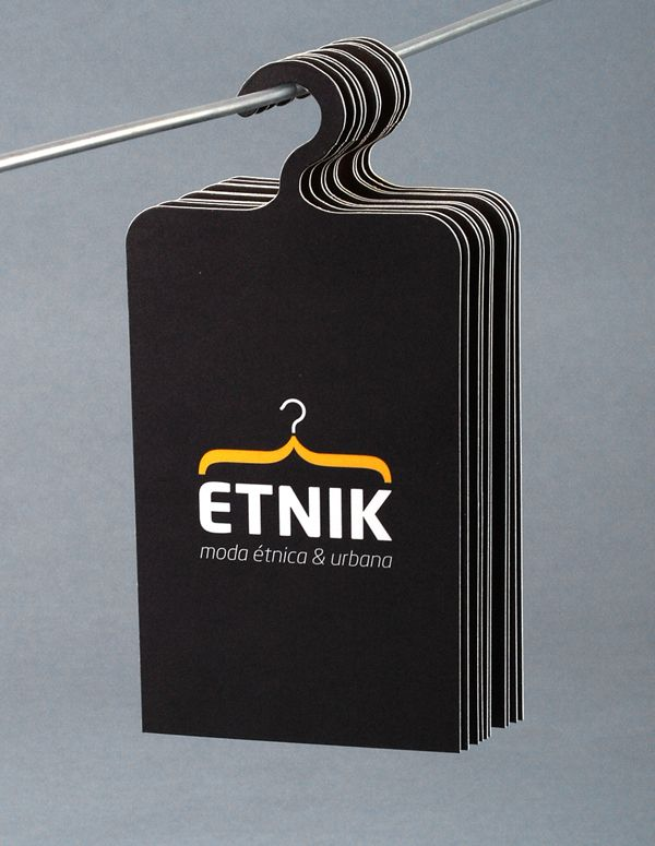 Etnik is a store located in Ruzafa, Valencia. This business offers urban fashion and accessories with ethnic touches. This #businesscard design is unique and accommodates well with the business.