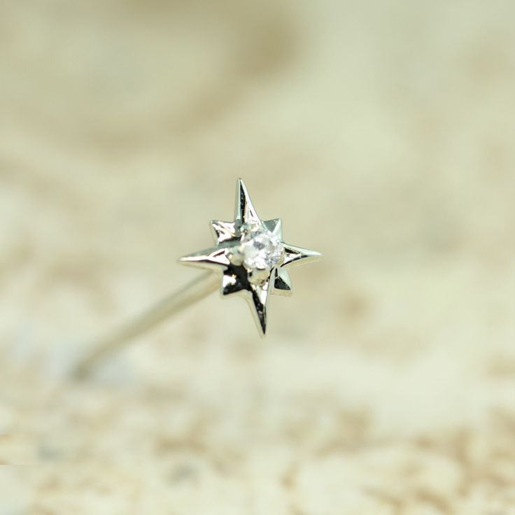 Top: 2.5mm Star with a 1.25mm CZ 	Bottom: Regular shaft  ***Also available in Regular shaft, Bent shaft, and Push-in...