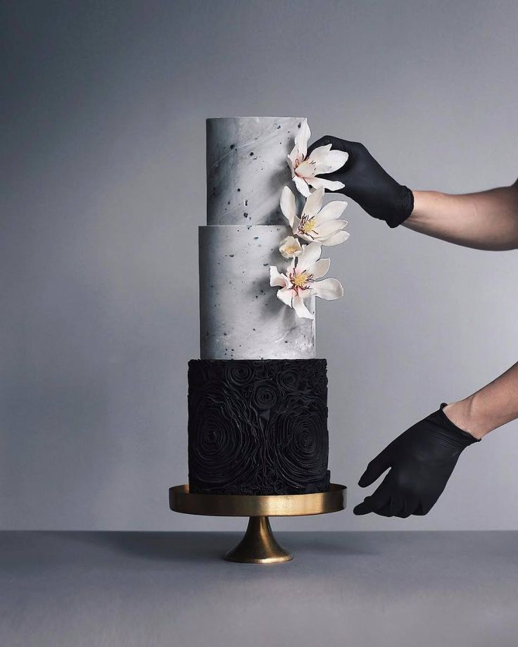 We've fallen into a black (wedding trend) hole that we really don't care to come out of! For a cake trend fashionable couples literally want to take a bite out of, check out these 12 epic black wedding cakes via Wedding Chicks. Wait till you see the last cake! http://ow.ly/1Lid30fCi4B #blackonblack#weddingtrends #moodyblooms