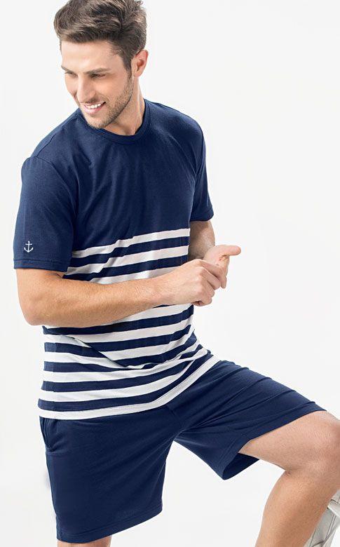 Ref. 7450 -  Conjunto de Modal com Lycra composto por camiseta com recorte listrado de fio tinto e detalhe em bordado de âncora na manga com bermuda com bolsos e braguilha.  http://www.mixtepijamas.com.br/
