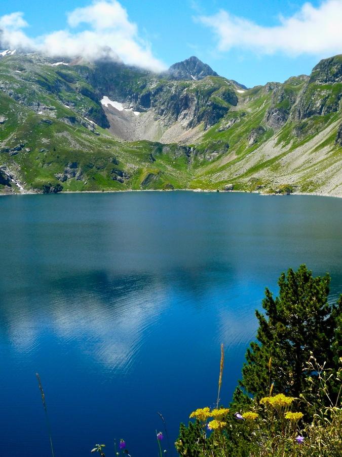 Mountain lake by THOMAS Patrice, via 500px