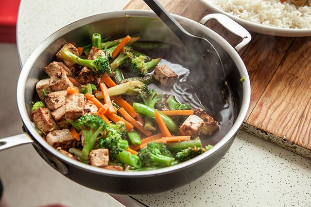 A healthy teriyaki tofu and veggie stir-fry recipe.