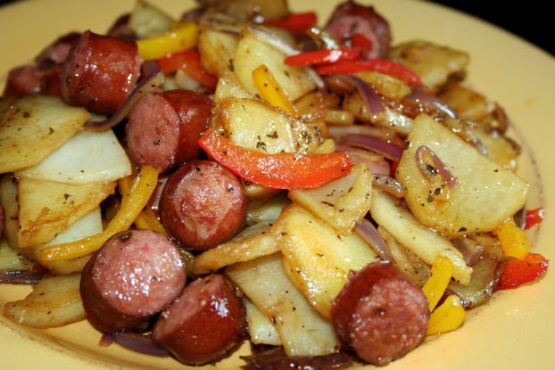 Bratwurst-Potato Skillet Dinner