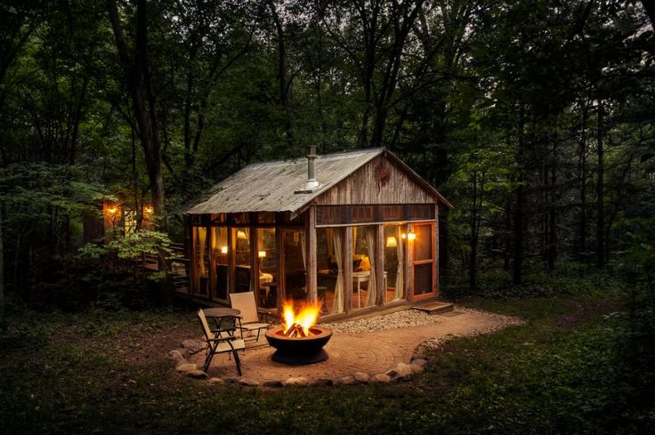 Cabins & More: 8 Amazing Places to Stay in Wisconsin (by @mariahhaberman)