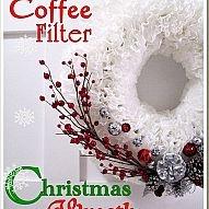 Christmas Coffee Filter Wreath: Memorial Filters Wreaths, Christmas Wreaths, Coffee Filters Wreaths, Christmas Crafts, White Coffee, Coffee Filter Wreath, Holidays, Filters Christmas, Christmas Ideas