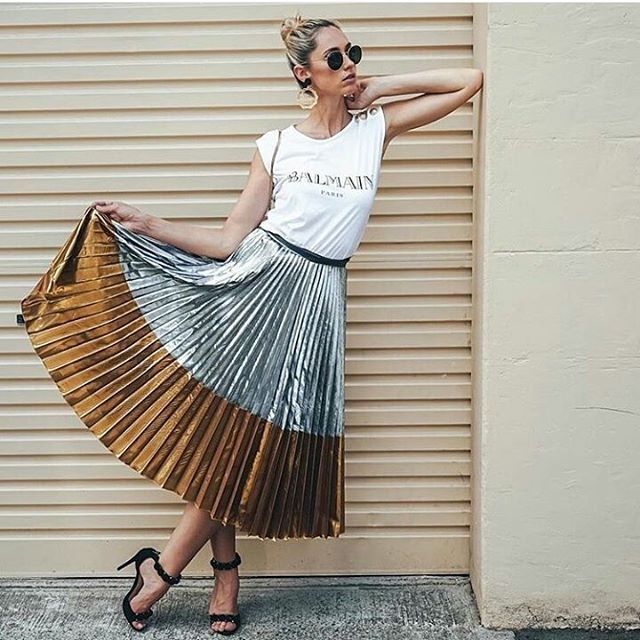 By @nikkikphillips  Glasses: @rayban T-shirt: @balmain Skirt: @asos_au #fashion #style #blogger #fashionblogger #blog #instafame #instafashion #instastyle #instagood #inspiration #cozy #ootd #ootdshare #outfitoftheday #love #beauty #followme #followforfollow #follow4follow #tags4likes #tagsforlikes #lovehlthis #winter #mood #vsco #like #instalike #share #instagram