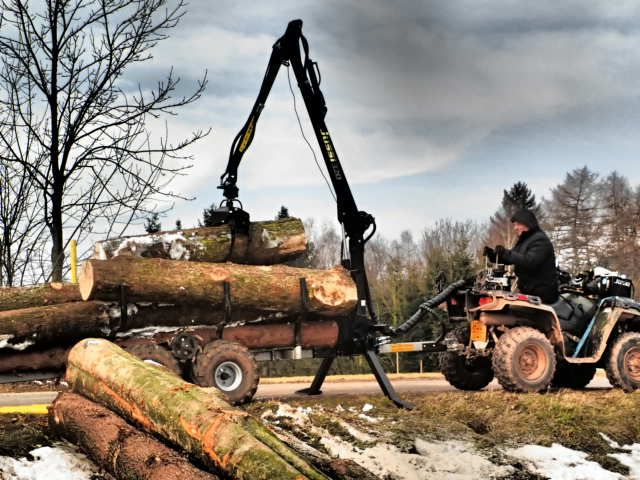 Vyvážečka za čtyřkolku - ATV Timber trailer Vahva Jussi 320