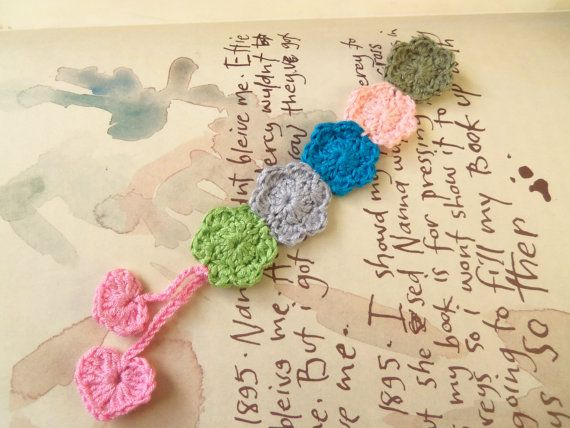 Handmade Crochet Bookmark. Flower Bookmark. by Roxana010 on Etsy