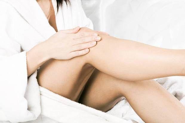 """Fra le gambe delle donne. Di Iannozzi Giuseppe (poesie erotiche) + promo """"Angeli caduti"""" di Beppe Iannozzi (Iannozzi Giuseppe)"""
