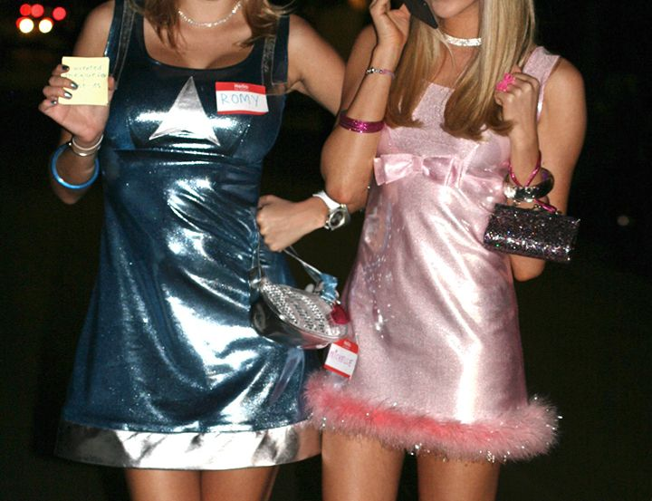 romy and michelle halloween costume--gotta have the post it notes!
