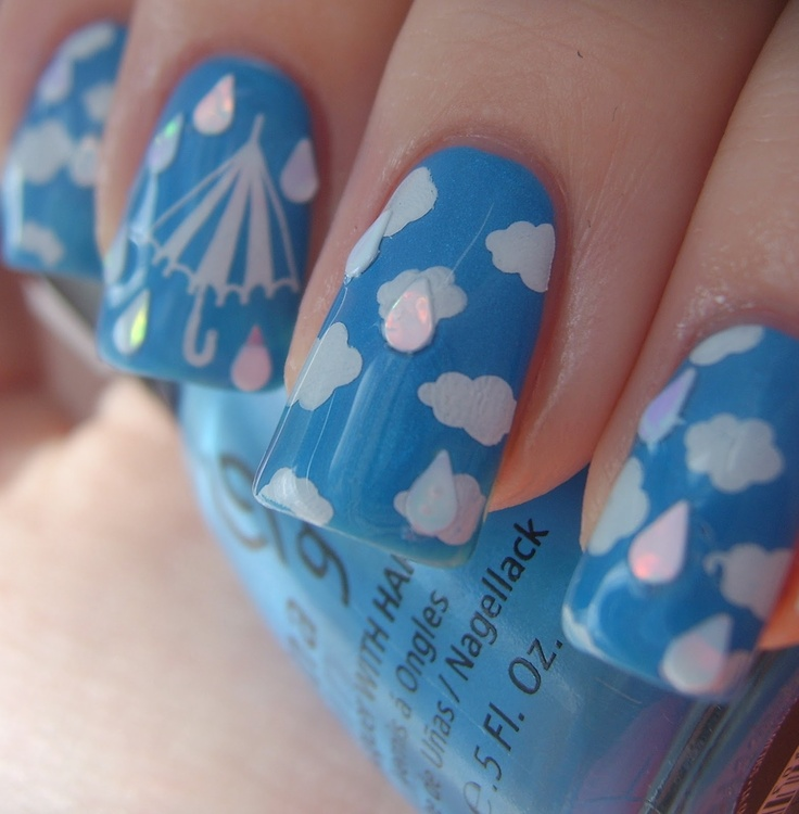 Sky and clouds nails
